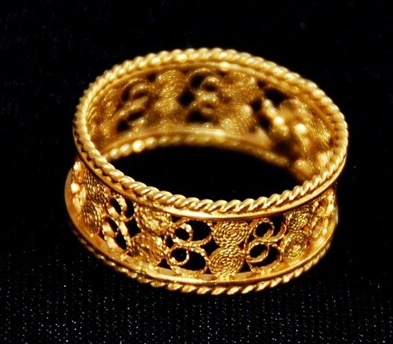 traditional sardinian wedding ring by giovannapau on Etsy, $80.00