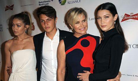 Yolanda Foster Reveals Bella Hadid, Anwar Hadid Are Also Battling Lyme Disease - http://www.hollywoodfame.com/yolanda-foster-reveals-bella-hadid-anwar-hadid-are-also-battling-lyme-disease.html