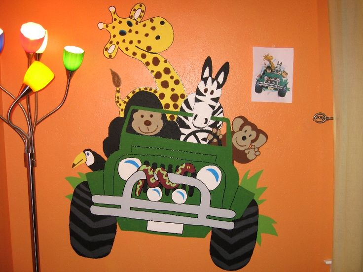 jungle door and room decorations | The completed safari jeep mural