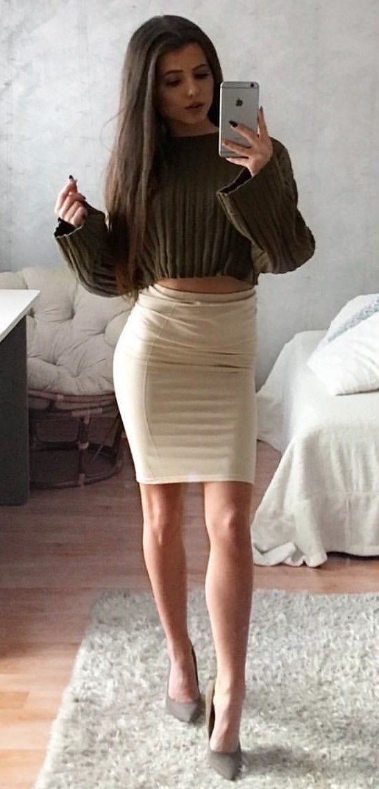358fc5fea7b0c  winter  outfits brown scoop-neck long sleeve crop top and nude-colored mini  skirt outfit