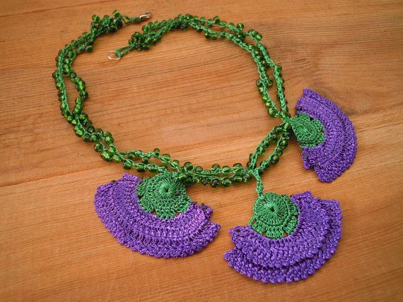 crochet necklace short purple green by PashaBodrum on Etsy