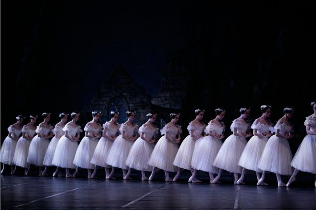 PARIS OPERA COSTUMES | The Paris Opera Ballet Perform Giselle with Divine Beauty in ...