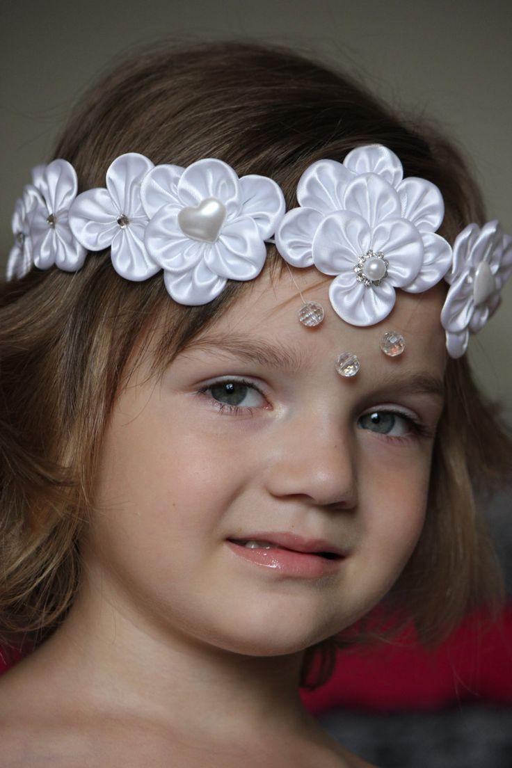 Kanzashi wedding wreath for a flower girl white por YUCshop en Etsy