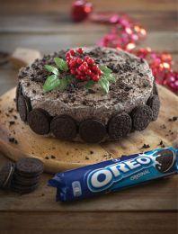 Κέικ chocolate fudge Χριστουγέννων με OREO