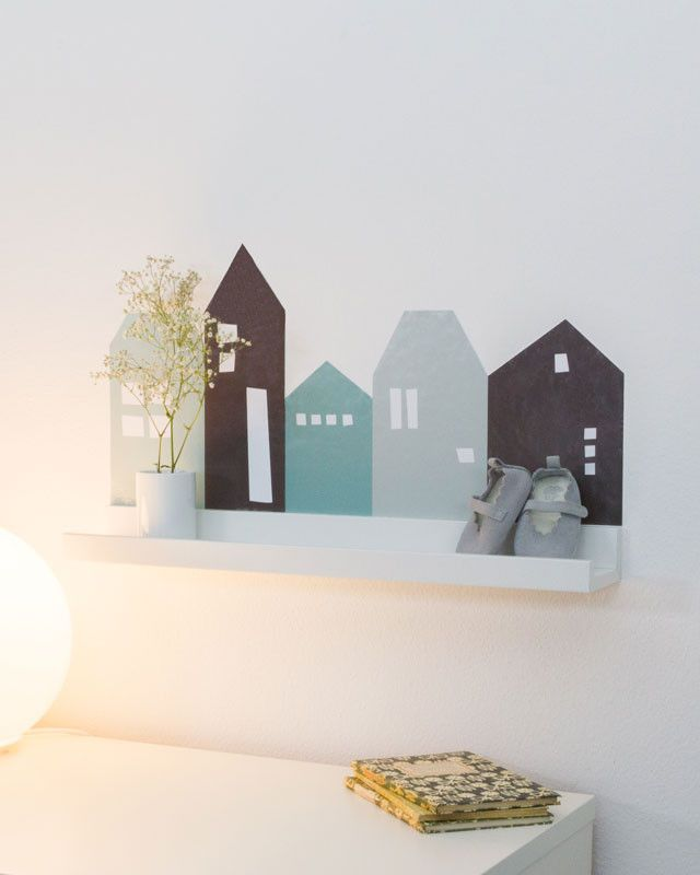 "IKEA Wandregal mit ""Lille Hus"" Wandtattoo dekorieren (Farbe Türkis)"