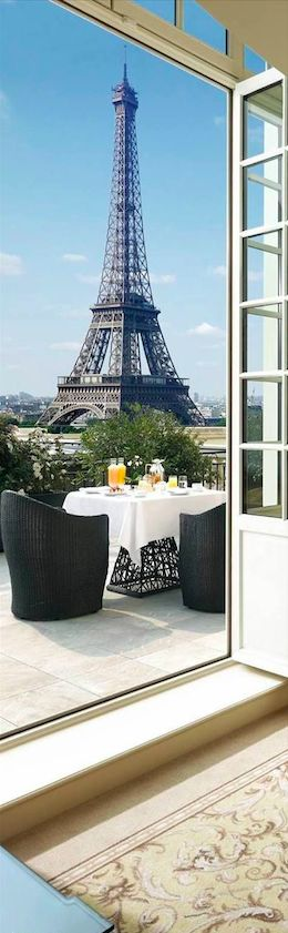 Stunning view of the Eiffel Tower from the Duplex Terrace Suite at the Shangri-La Hotel in Paris • photo: Shangri-La