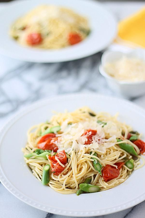 Pasta Recipes : Angel Hair with Roasted Garlic, Cherry Tomatoes Asparagus
