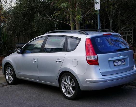 i30cw Hyundai review - http://autotras.com