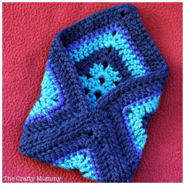 Crochet Bag With Pockets Pattern : 17 Best images about Crochet/Yarn Projects on Pinterest ...