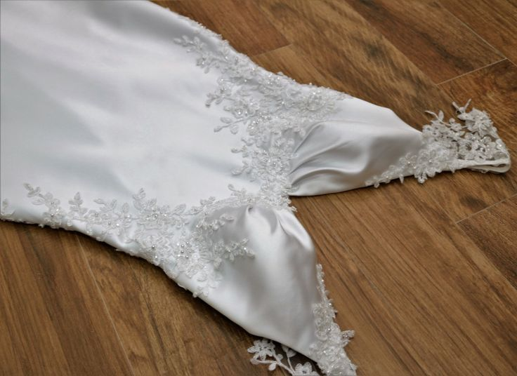 Unique wedding dress/Sample sale/Backless wedding dress/Boho wedding dress/Sexy wedding dress/Beach wedding dress/ by SilkBrides on Etsy https://www.etsy.com/listing/263353642/unique-wedding-dresssample-salebackless