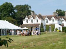 Hollybank House Emsworth - A stunning #marqueewedding #venue in #Hampshire #WeddingWednesday