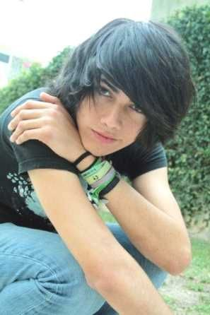 Emo Hairstyles 78 Best Emo Hairstyles Images On Pinterest  Cute Emo Boys Emo Boys