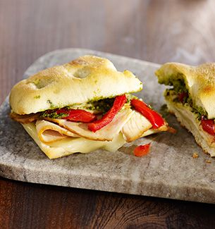 @Bbilovee Starbucks Turkey Pesto Panini