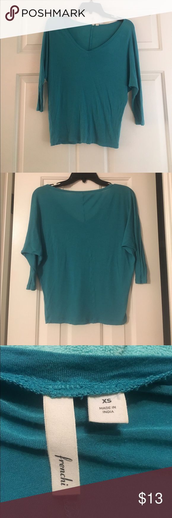 🦃 Sale--Turquoise Top Beautiful blue/green slouchy top. Size XS, fits like a small. Perfect for those in-between weather days. Frenchi Tops