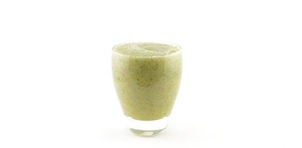 De courgette banaan appel munt smoothie is een heerlijke groene smoothie. Ongeveer 1,5 ons groente en 1 stuk fruit per persoon. Een heerlijke start van de dag!