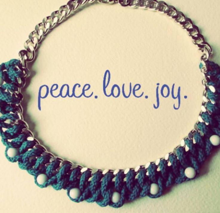 Handmade necklade made with peace, love and joy.  #chain #jewelry #handmade #bohemian #fashionblogger