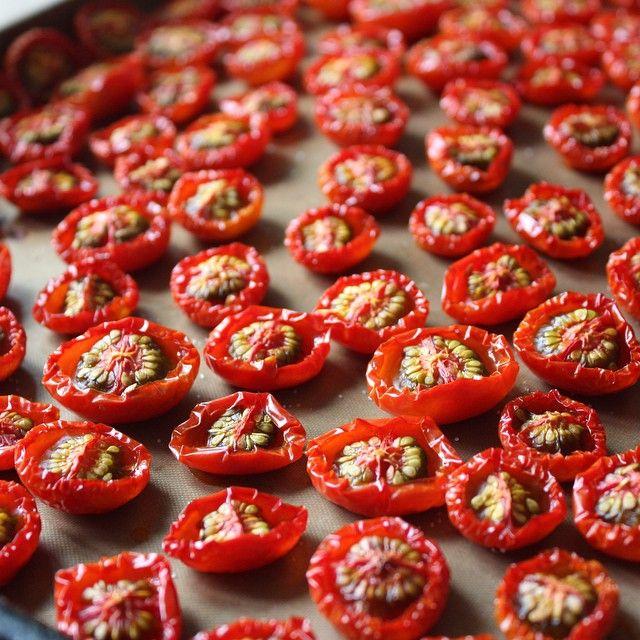 ドライトマトのレシピと保存方法