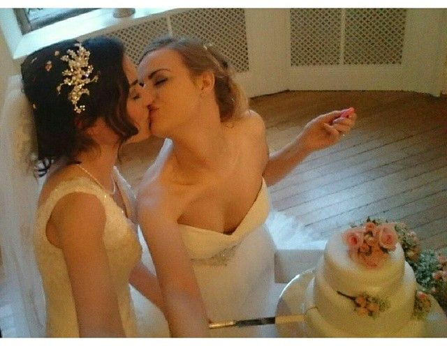 Two girls named Rose and Rosie got married and it was beautiful