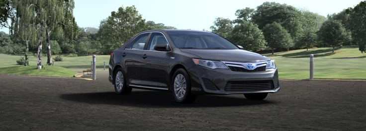 2012 toyota camry hybrid  43/39 mpg for XL