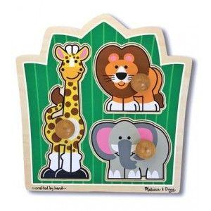 mit giraffe, löwe und elefant auf grosse safari im dschungel. dieses jumbo knob puzzle aus holz hat 3 extra dicke puzzleteile mit extra grossem knauf, die sich von kleinen händen hervorragend greifen lassen! das perfekte erste puzzle! fördert die feinmotorik, das (be)greifen und die visuelle wahrnehmung.
