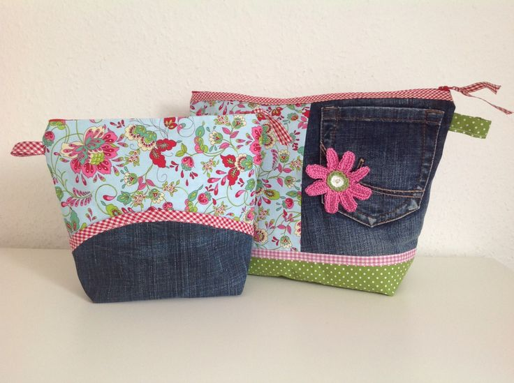 Beautycases from Old Jeans Love this!!! Even have a pile of old denim to play with.