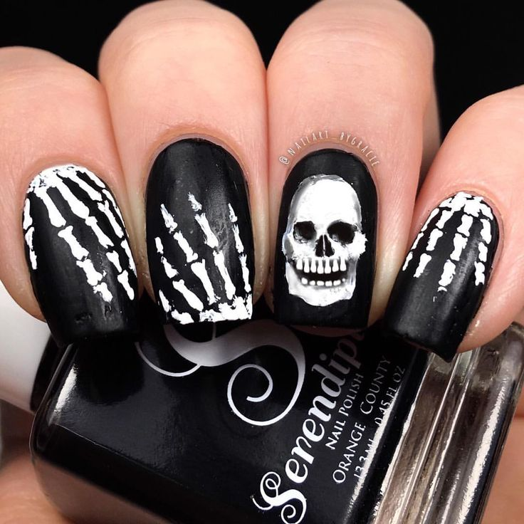 Skeleton Nails💀 • Day 17 of #nabg31daysofhalloween ...