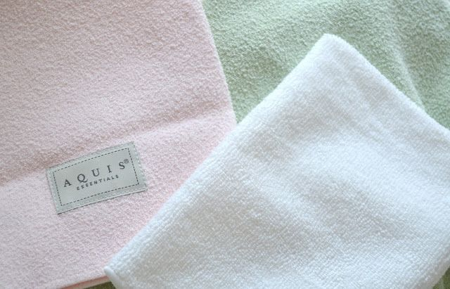 Aquis hair towels, to help speed up the drying process.