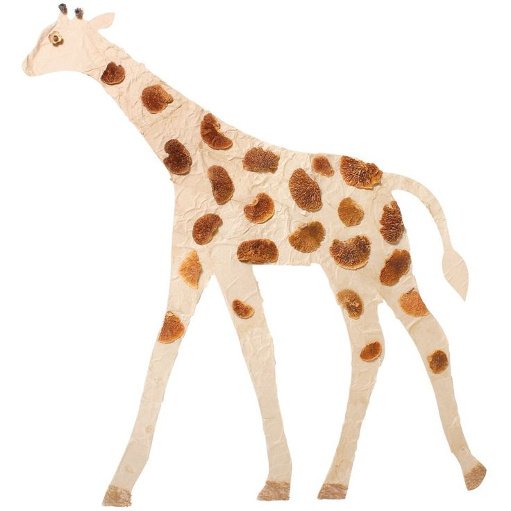 Giant Wooden Giraffe An effective decoration for any Safari or Jungle themed room!