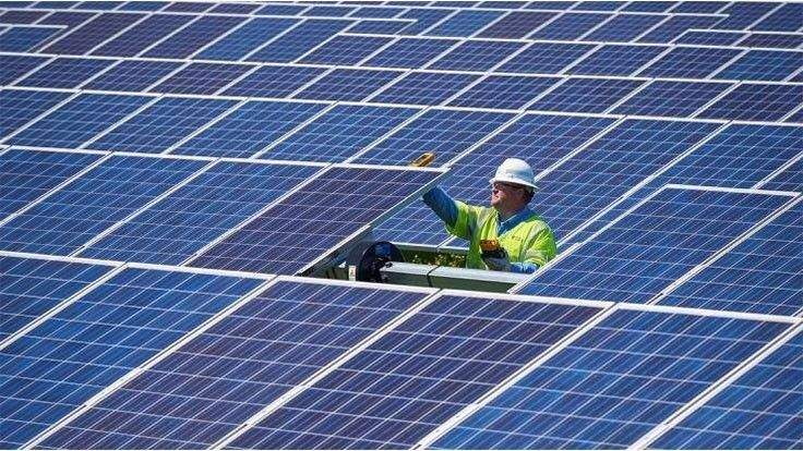Global Solar Panel Recycling Market Report Covers Growing Strategies Used By Top Key Players Yingli Energy Co L In 2020 Solar Panels Solar Solar Panel Manufacturers