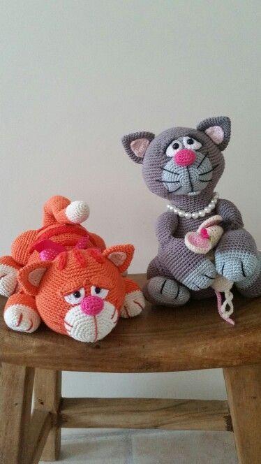 Mijn grote gehaakte poezen! Patroon Miezekatze van Mala design. | amigurumi | Pinterest | Crochet Cats, Van and Crochet