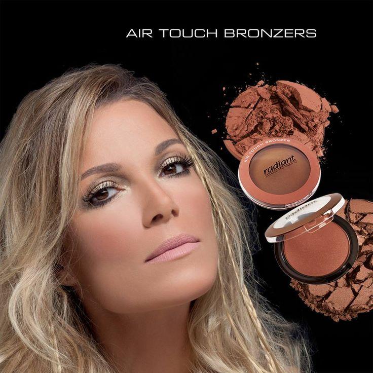 Air Touch Bronzer | Radiant Professional Make Up Aνακαλύψτε την ηλιοκαμένη όψη της ομορφιάς με το πιο must προϊόν του καλοκαιριού! Τέλειο bronze εφέ και διακριτική λάμψη με την Air Touch Bronzer! #Radiant #Professional #Bronzer #Makeup