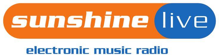 sunshine live ist ein privater deutschlandweiter Hörfunksender mit dem Schwerpunkt Elektronische Tanzmusik. . . Maskottchen des Senders ist Clubby, ein hellblauer Babykopf mit Kopfhörer und Nasenpiercing. (Sehe: http://de.wikipedia.org/wiki/Sunshine_live)