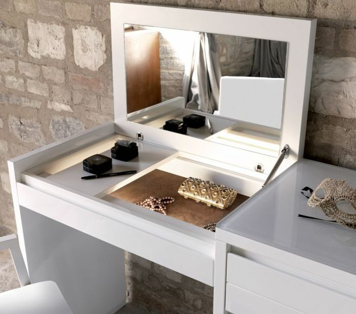 17 best ideas about coiffeuse avec miroir on pinterest for Miroir ikea rond