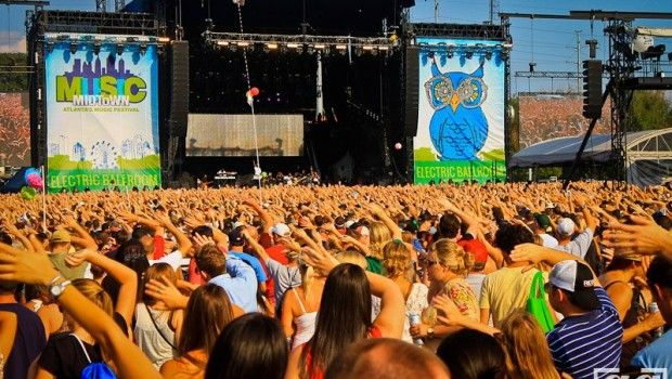 How to survive Music Midtown (or other big outdoor music festival) http://www.bossyisthenewblack.net/read-this/2014/09/18/how-to-survive-music-midtown-or-other-big-outdoor-music-festival
