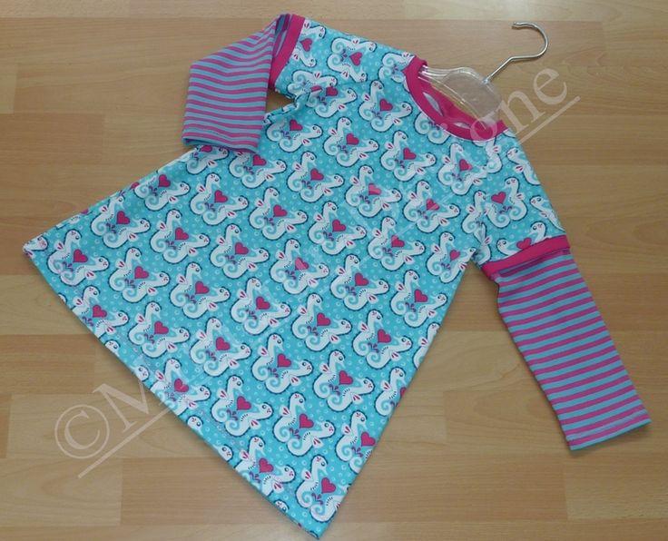 Kleid ``Hippocampi``  56-134  ab von Miniatur-Designe auf DaWanda.com