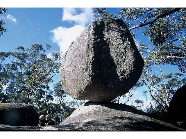 Balancing rock in the Porongorups - Albany WA