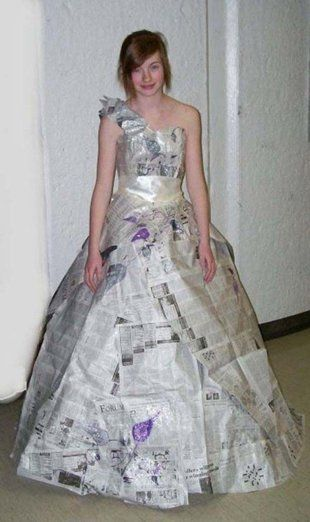 6. Read My Dress   This is an affordable option to all those prom dresses that cost hundreds of dollars - it's a dress made of newspapers. It's actually pretty damn awesome.: Prom Dressreal, News Paper, Recycle Fashion, Paper Prom, White Prom Dresses, Crafty Things, Prom 2014, Newspaper Dresses, Newspaper Fashion