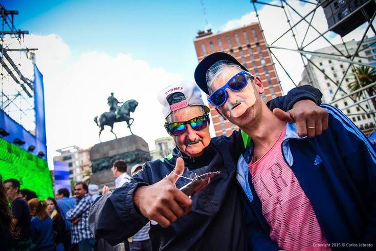 """Capítulo XI de los """"Apuntes para un marco conceptual de la transformación de la sociedad en el Siglo XXI"""" El """"republicanismo crítico"""" y la experiencia del Frente Amplio de Uruguay en el esfuerzo por construir la democracia más avanzada del planeta Pepe Mujica, el adelantado… La humanidad como concepto cultural, es decir, como la suma de todos los individuos de la especie diferenciados del resto de la naturaleza como vida con conciencia de sí, se encuentra en una etapa de desarrollo todavía…"""