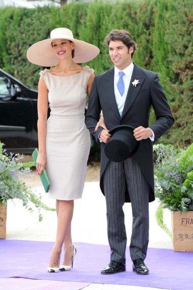 Descubrimos su vestido al detalle.¡No te lo pierdas! Así ha sido la boda de la presentadora de Masterchef Eva González y el torero.