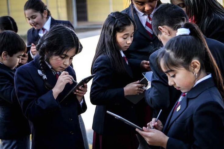 Proyecto Puentes Educativos se apoyará en tecnología parainnovar en aula en 11 escuelas rurales de Chépica.