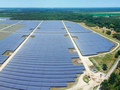 Europe's largest solar park officially opens to commemorate Paris climate change talks