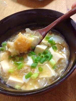 楽天が運営する楽天レシピ。ユーザーさんが投稿した「カラダポカポカ*とうふあんかけ*」のレシピページです。ヘルシー!暖かいモノが食べたいキブン(´Д` )。あんかけ。絹豆腐,溶き卵,ショウガ,小ネギ,タマネギ,◎麺つゆ,◎みりん,◎水,◎塩,▲片栗粉