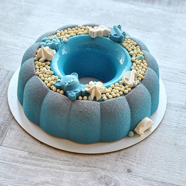 Торт для мальчика, которому сегодня 1 годик #тортыназаказбарнаул #тортыбарнаул#десертыбарнаул #муссовыетортыбарнаул #cakes #cake #moderncake #entremet #decoration #lovetobake #vsco_food #dessert #instafood #foodporn #beautifulcuisine #pastry #patisserie #glacage #gateaux #cheftalk #chefsoninstagram  #delicious #pastryartru #dessertmasters #tatiana_kosova_cakes #детскийторт
