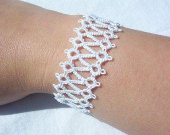 cordón nupcial pulsera, pulsera de novia blanco, pulsera de cordón, pulsera brazalete de cordón, pulsera brazalete, ropas brazalete, pulsera de tatted lace, blanco