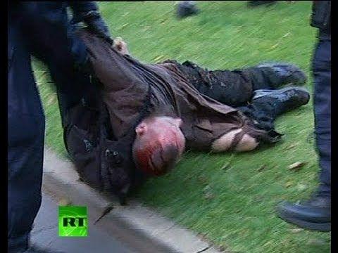 Graphic video: Australia Muslim protest turns violent, police dog bites man jul16