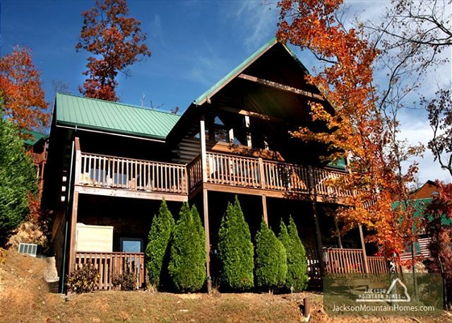 104 best my bags r packed images on pinterest for Best mountain view cabins in gatlinburg tn