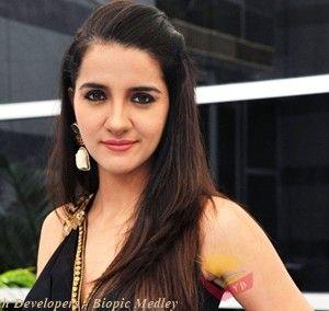 VJ, Host, TV Actress Shruti Seth Biography, TV Shows, Marriage, Husband, Kids
