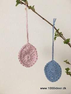 Use your left over yarn for small Eatser eggs