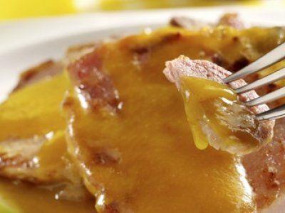 Receta de Chuletas en Salsa de Manzana.                                                                                                                                                                                 Más