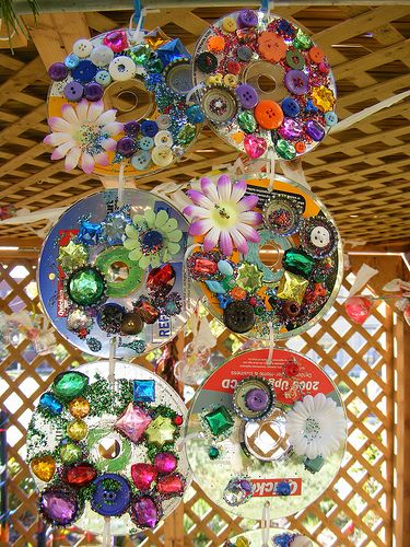 Reuse CDs: Recycled Sukkah by sparkyourart, via Flickr